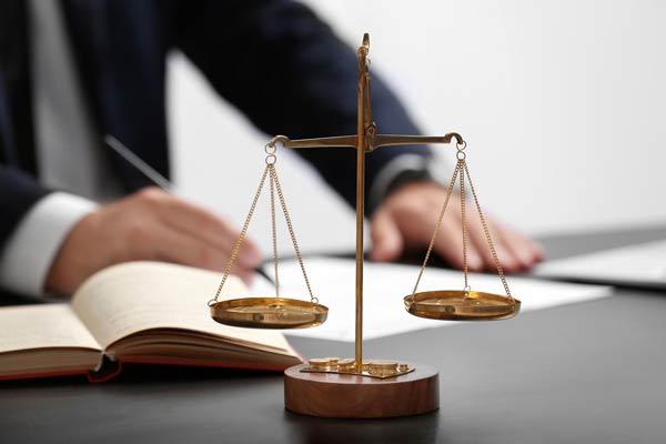 معرفی منابع کنکور ارشد حقوق جزا و جرم شناسی 1400