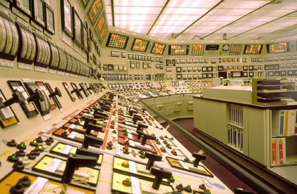 ظرفیت پذیرش و انتخاب رشته دکتری مهندسی برق - کنترل سراسری و دانشگاه آزاد 97
