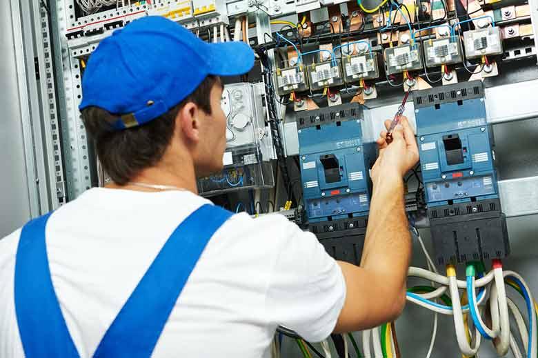 کارنامه و رتبه قبولی مهندسی برق سراسری 99 - 1400