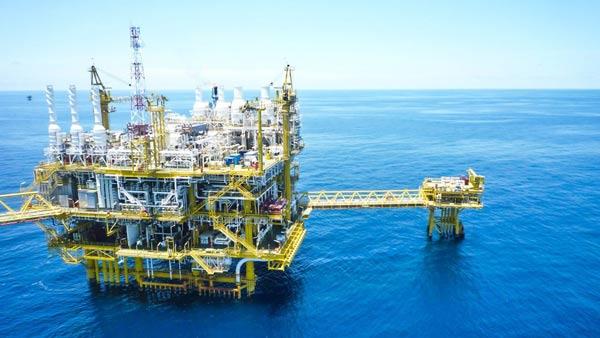 کارنامه و رتبه قبولی اقتصاد نفت و گاز دکتری سراسری 97 - 98