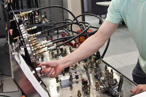 کارنامه و رتبه قبولی مهندسی مکانیک آزاد 99 - 1400
