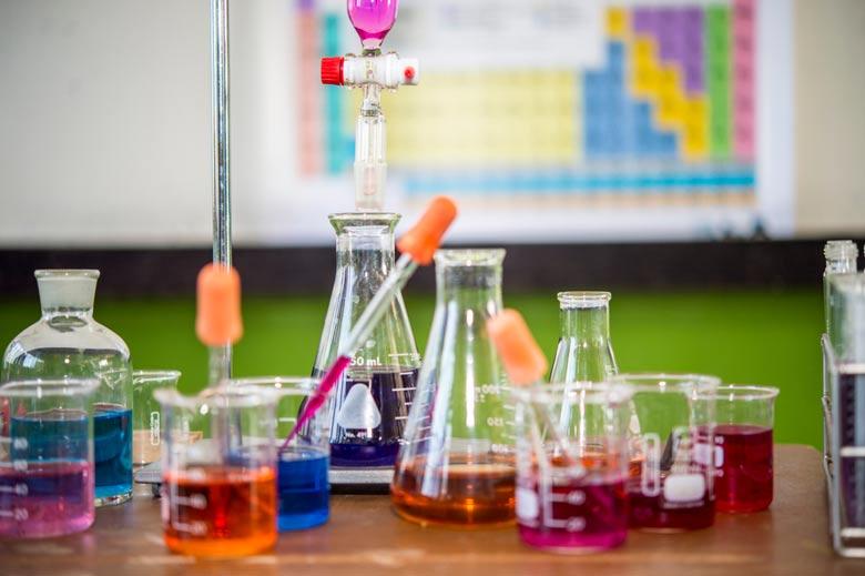 اعلام نتایج المپیاد شیمی 99 - 1400