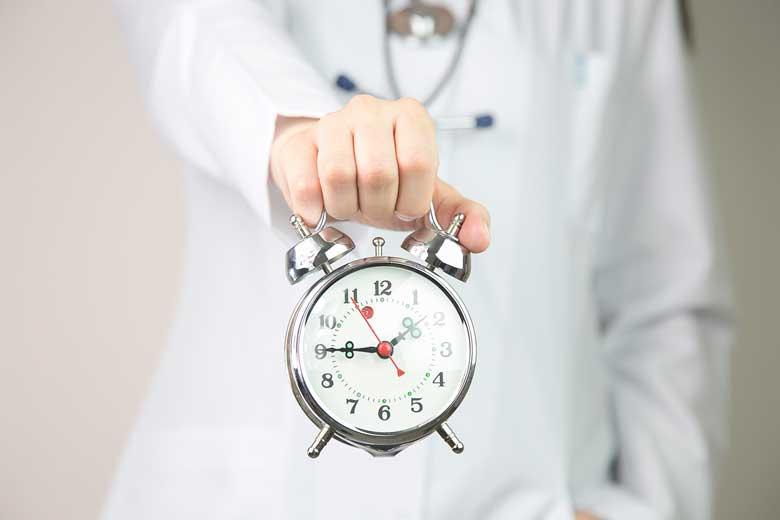 زمان و نکات انتخاب رشته آزمون دستیاری پزشکی 1400