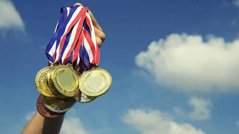 جوایز و امتیازات نفرات برتر المپیاد 99 - 1400