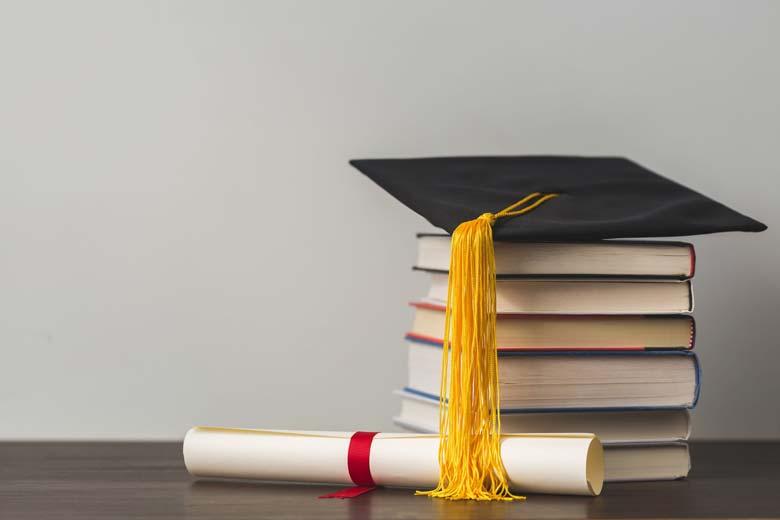 روش های آزاد کردن مدرک دانشگاه های روزانه