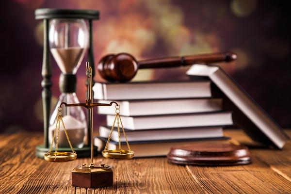 معرفی منابع کنکور کارشناسی ارشد رشته حقوق اسناد و قراردادهای تجاری 1400