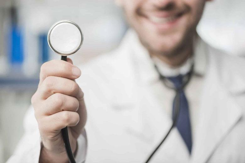 شرایط عمومی و اختصاصی آزمون دستیاری پزشکی 1400