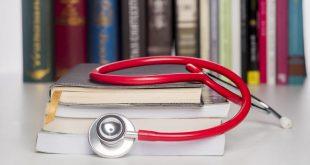 منابع آزمون دستیاری پزشکی