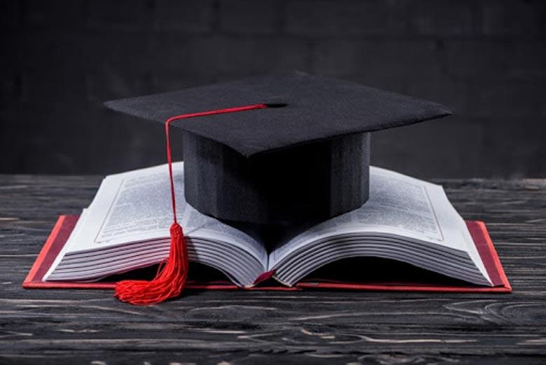 زمان برگزاری آزمون جامع دکتری دانشگاه آزاد 99