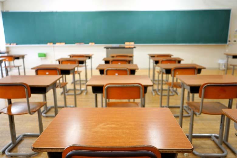 تاریخ برگزاری امتحانات پایان ترم مدارس 99 - 1400