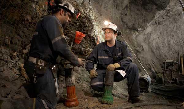 کارنامه و رتبه قبولی مهندسی معدن گرایش استخراج دکتری دانشگاه آزاد 98 - 99