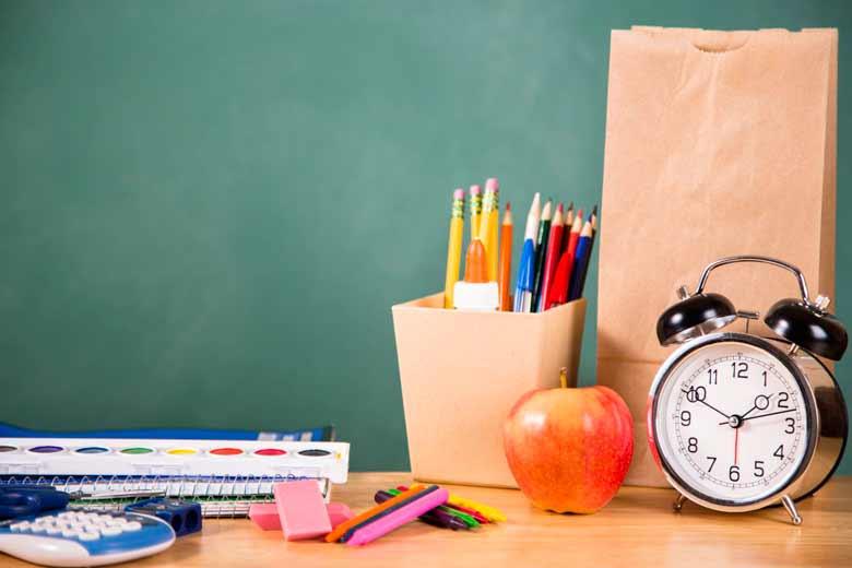 تمدید زمان ثبت نام مدارس شاهد اول ابتدایی 1400 - 1401
